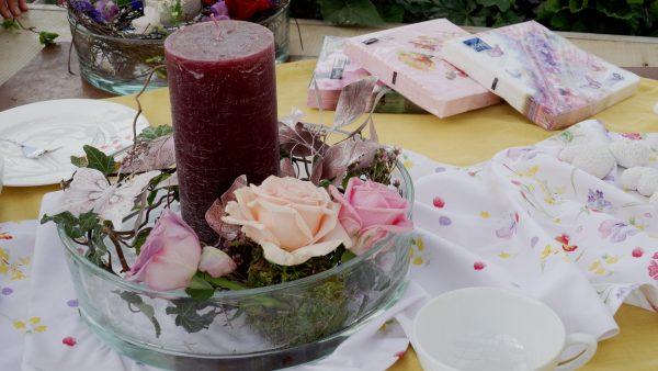 Tirol blüht auf: Tischgestecke